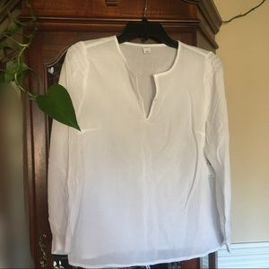 NWT beautiful white peasant button up blouse
